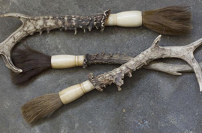 Deer Handle Brush