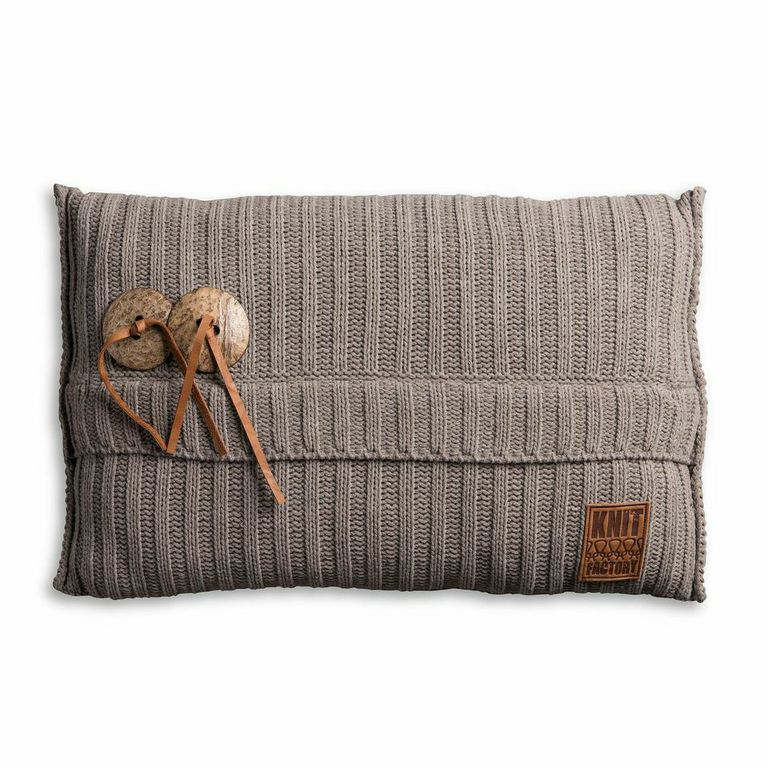 Knit Factory, kussen Aran