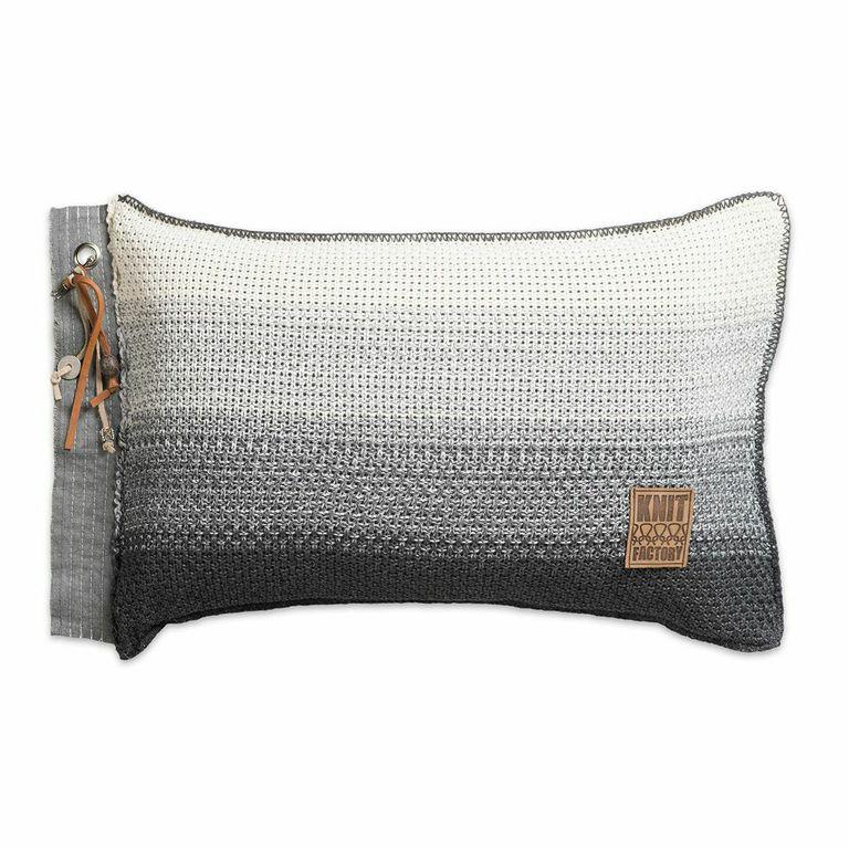 Knit Factory,kussen Mae