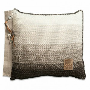 Knit Factory kussen Mae