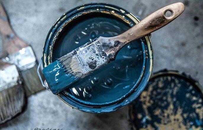 'l Authentique paints