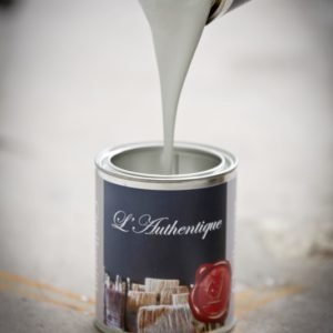 'l Authentique paints