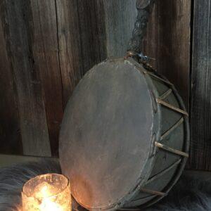 Hoffz drum 't Maaseiker Woonhuys