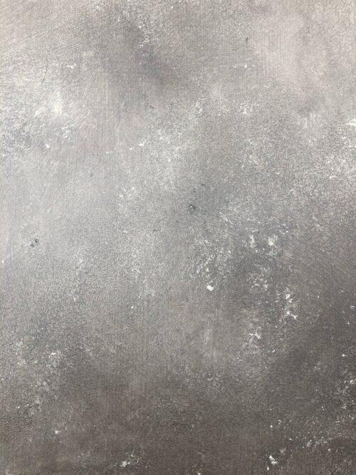 Betonlook primer basalt op kleur 't Maaseiker Woonhuys
