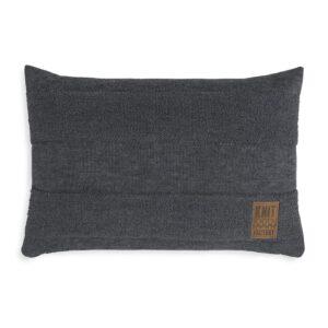Knit factory kussen Yara 't Maaseiker Woonhuys